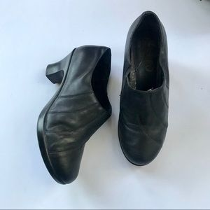 Dansko women's booties black leather size 39